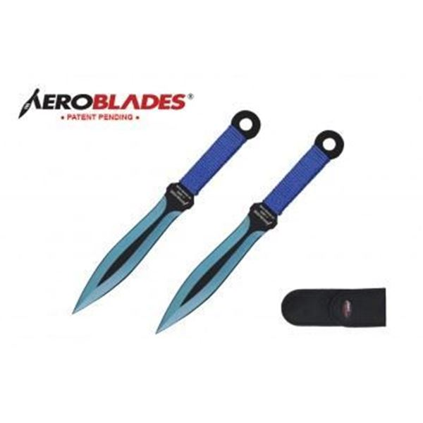 Picture of 2 Piece Throwing Knife Set.