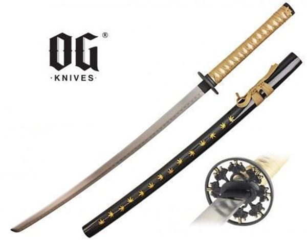 Picture of Katana w/ Marijuana Leaf Pattern