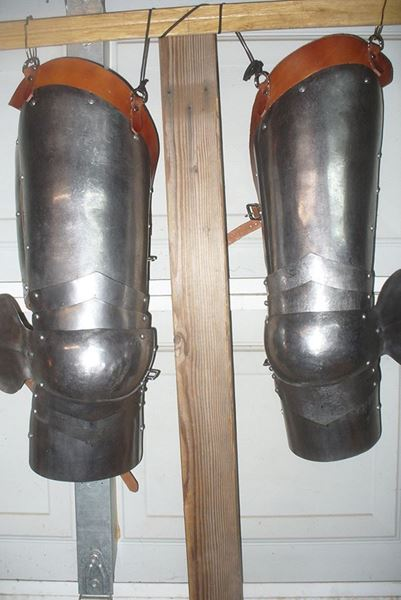 Picture of 15th Century Leg Armor - 16 Gauge - Used - cleaned